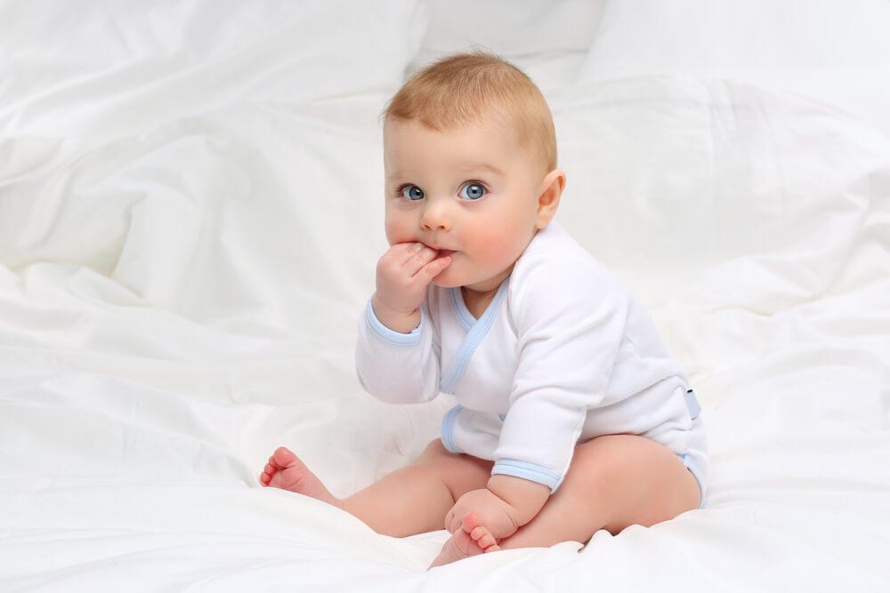 bebek beslenmesi, 5 aylık bebek nasıl beslenir, bebekler nasıl beslenir